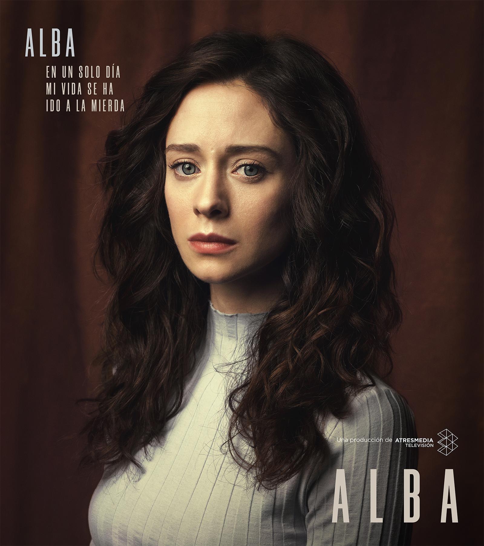 elena-rivera-alba-1x01